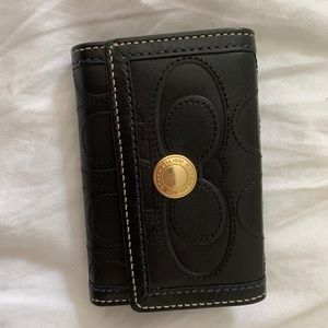 COACH BLACK LEATHER WALLET EUC